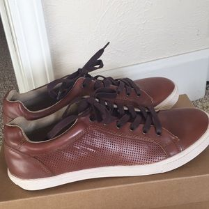 Tommy Bahama Traulle brown leather sneakers